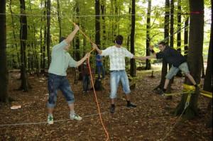 seilgarten-teamwork-jugendliche